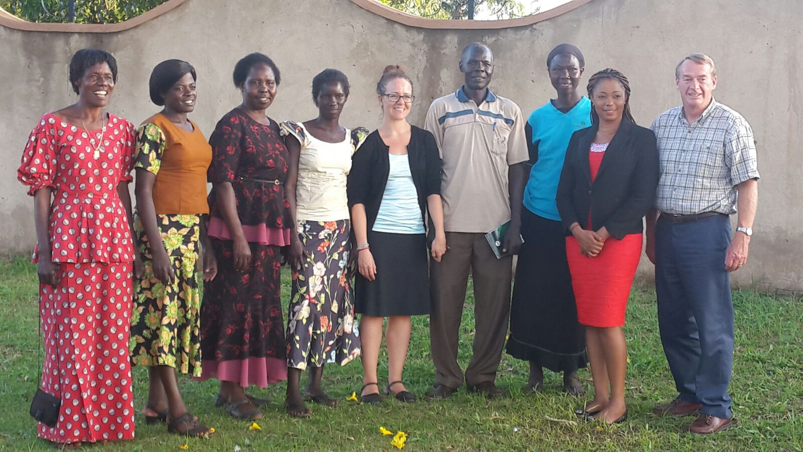 Group Picture with Lynn Curtis and Lindsay of ThriveGulu, Community Leaders & ENA's Cecilia Amankwah